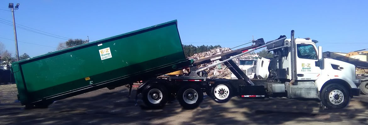 30 yard dumpster loading on truck